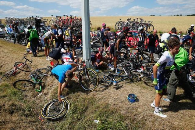 acidente-tour-2015-3etapa