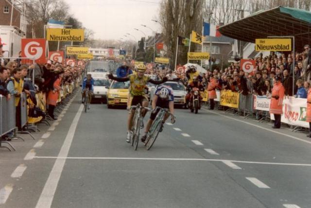 Bugno Vence Flanders 1994 por 7 miléssimos