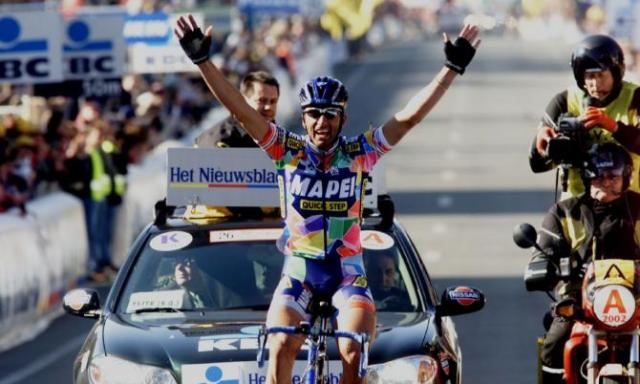 Andrea Tafi Vence Flanders 2000