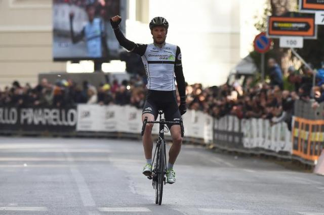 Stephen Cummings ( Dimension Data ) vence 3ª etapa Volta Pais Basco.