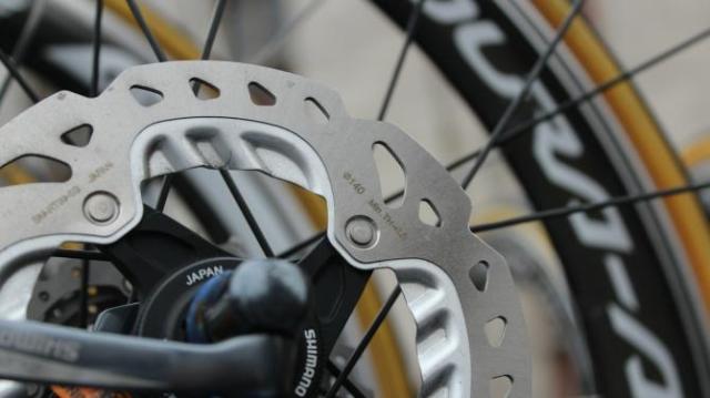 As discusões sobre os tamanhos dos rotores ainda persiste.