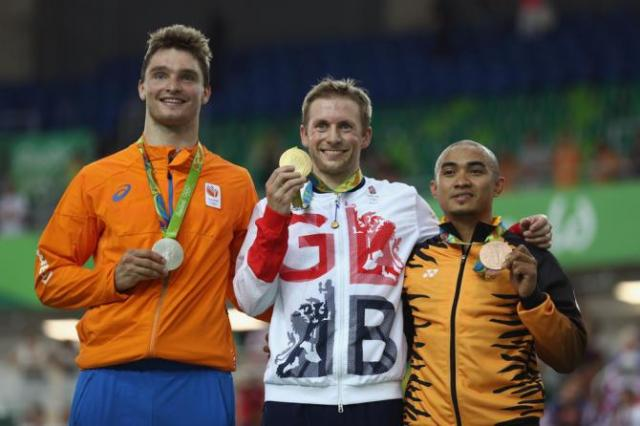 Buchli (Holanda) Prata. Kenny (Grã Bretanha) Ouro, Awang (Malásia) Bronze.