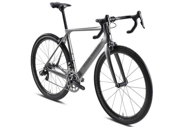 storck-bike.jpg w 640 h 426 e25ab49222f27